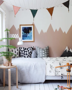 mur-montagne-chambre-enfant-2-peinture